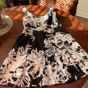 White House Black Market summer dress